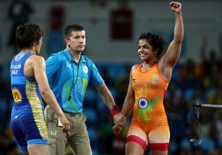 Sakshi clinched the bronze in the Women's Freestyle 58kg category with a spirited comeback victory over Aisuluu Tynybekova of Kyrgyzstan.