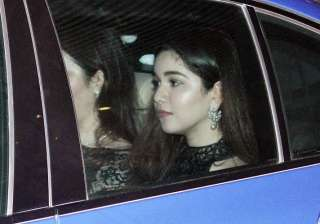 Sachin Tendulkar's daughter Sara Tendulkar looked very bit pretty in a black dress.