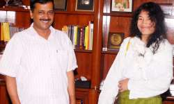 Arvind Kejriwal with Irom Sharmila in New Delhi - India Tv