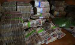 File pic - Scrapped Rs 1000 notes - India Tv