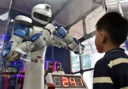 Chinese Media, Robot, Story, Technological- India Tv