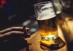 Alcohol Vs. Cigarettes: Which is more dangerous?