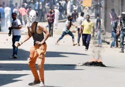Phone calls of 48 'habitual' stone-pelters led to