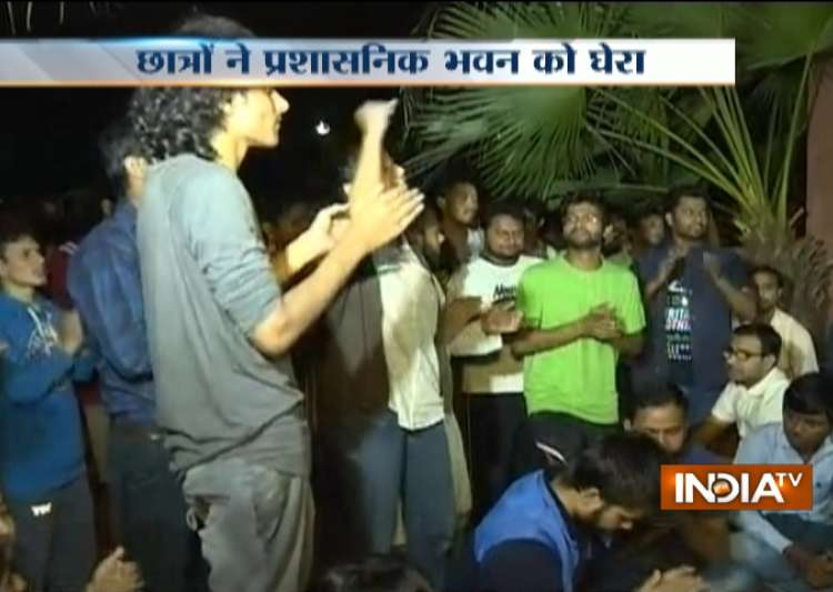 JNU, JNUSU, Vice-Chancellor, M Jagadesh Kumar, ABV- India Tv