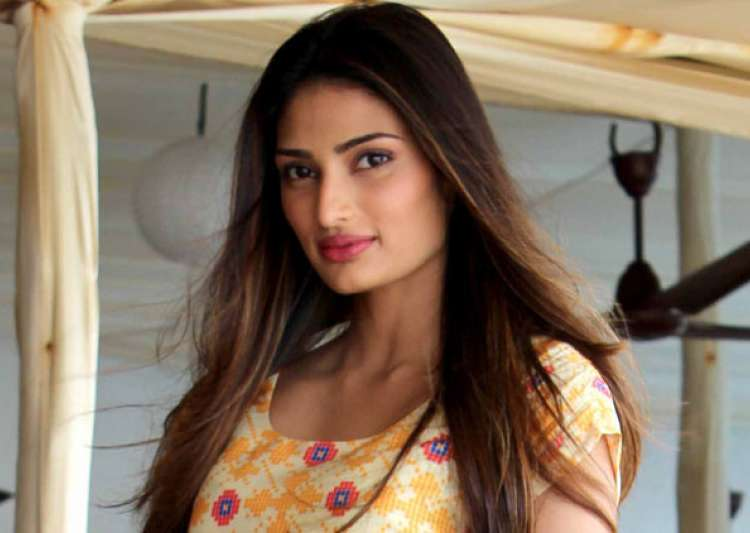 Athiya Shetty nervous about working in Arjun Kapoor's- India Tv