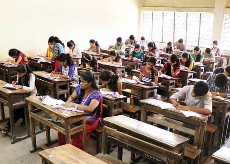 Students defy separatists' diktat, 99 pc appear for class- India Tv