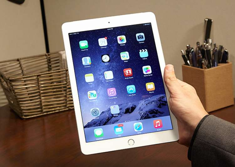 Kerala-based researcher bypasses Apple's iPad activation- India Tv