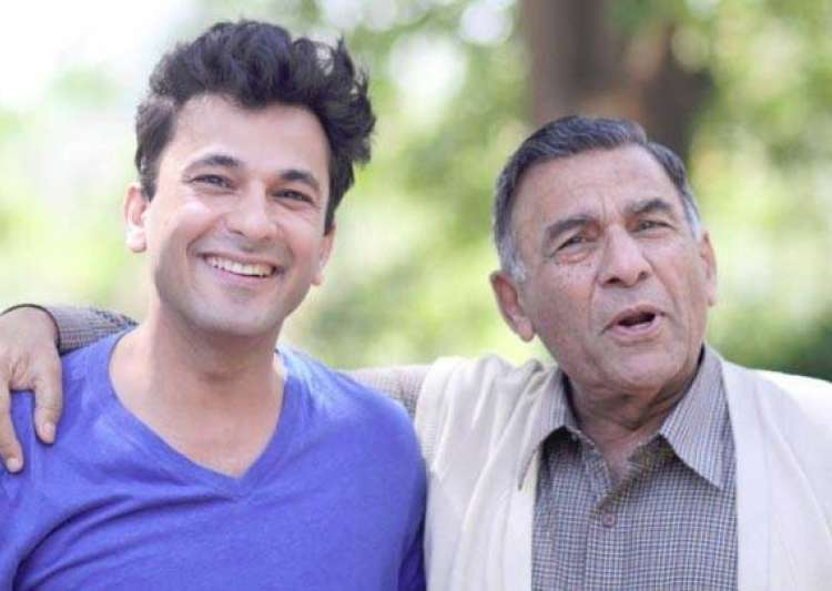 Vikas Khanna's 'Heart-breaking' post about his late- India Tv