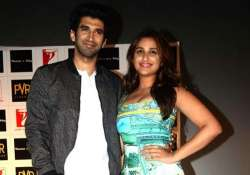 parineeti aditya show their singing prowess during film