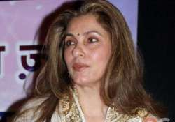 sc issues notice to dimple kapadia