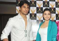 here s how sidharth malhotra reacted to alia bhatt s