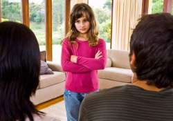 manipulative parents leave kids in distress later