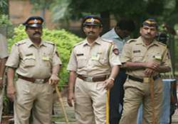 delhi cop hits student on head with a stick hospitalized