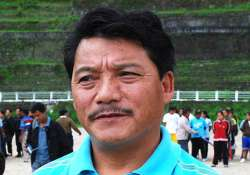 gjm chief bimal gurung campaigns for bjp candidate