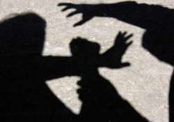 girl molested by two conductors in delhi bus
