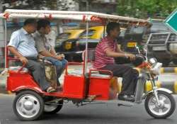 govt relaxes norms for licenses for e rickshaw drivers