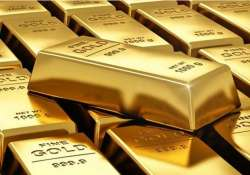 two held for smuggling gold worth about rs 1 cr at airport