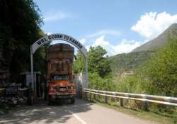 20 indian trucks drivers detained in pakistan occupied
