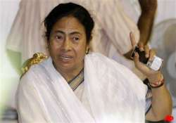 mamata tells police not to stop traffic for her convoy