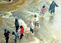 one drowned eight hurt as water mainline bursts