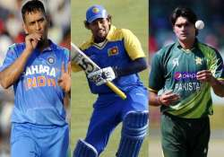 asia cup dhoni dilshan mohd irfan out due to injuries