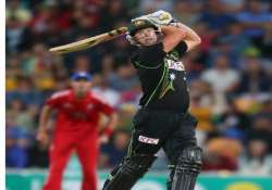 australia beats england in first t20 match