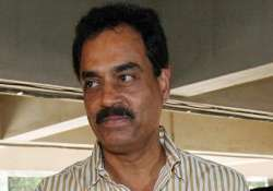 dilip vengsarkar bats for drs after howlers in tests down