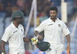 bangladesh reaches 201 5 at stumps on day 4