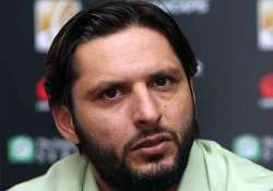 majeed tried approaching me too afridi