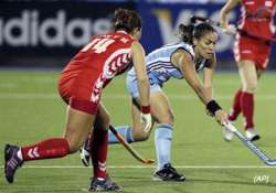 women s hockey wc argentina england win india faces