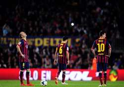 fifa suspends barcelona transfer ban during appeal