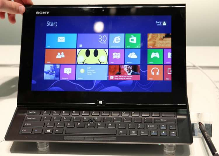 sony launches vaio duo 11 hybrid ultrabook for rs 89 990- India Tv