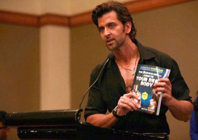 hrithik roshan releases book guide to your best body view- India Tv