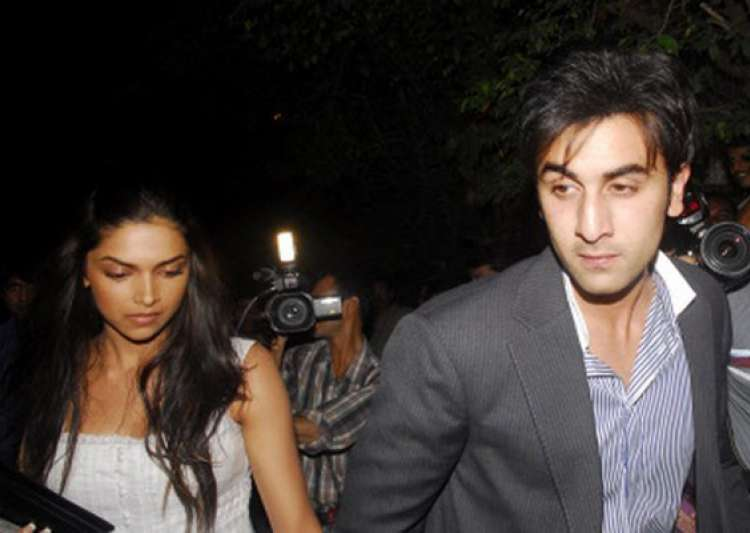 ranbir deepika enjoy italian food in manali cafe- India Tv