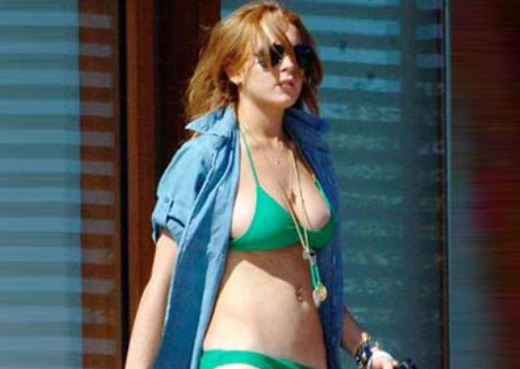 lindsay lohan admits cocaine use- India Tv