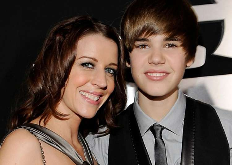 memoir to get publish by justin bieber s mother- India Tv