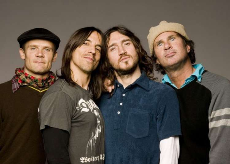 red hot chili peppers top lollapalooza lineup- India Tv