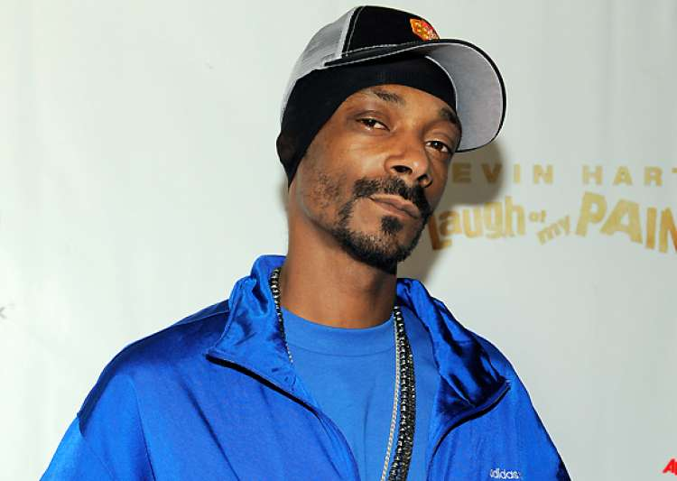 snoop dog hit with minor drug charge in texas- India Tv