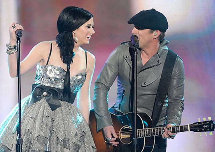 thompson square new single glass gets sensation by woman- India Tv