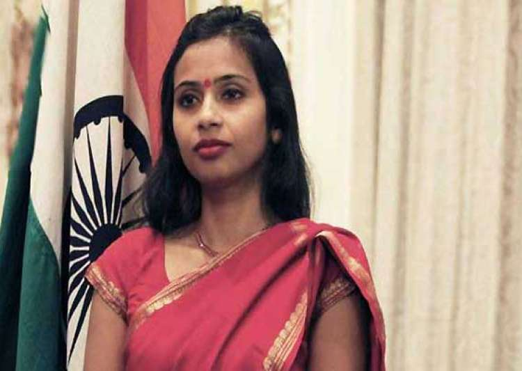 indian woman diplomat in new york was strip searched kept- India Tv