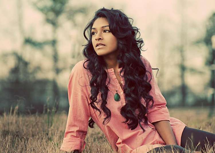 indian american makes it to the top 24 on us music show- India Tv