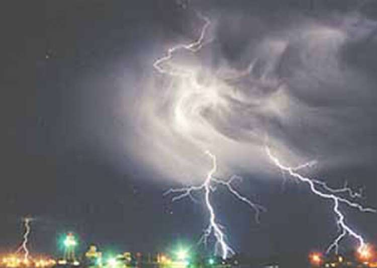 scientists claim solving riddle of ball lightning- India Tv