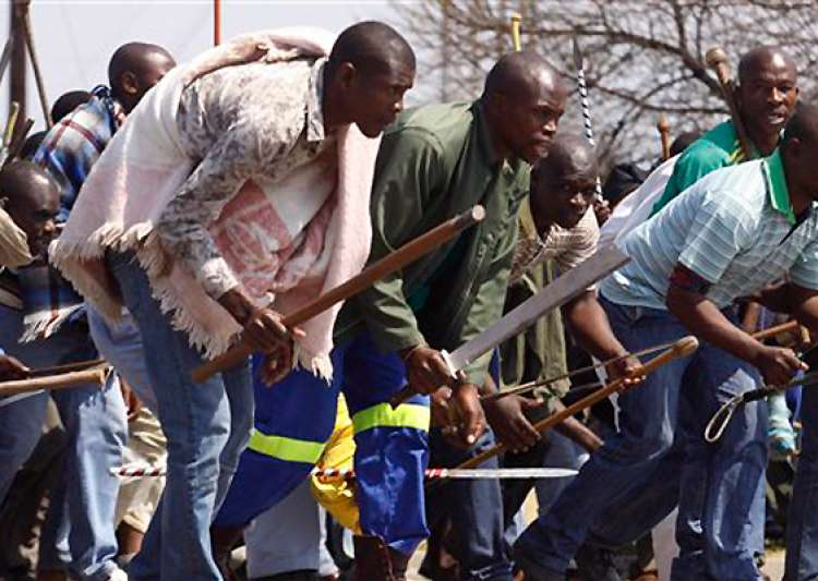 striking safrican miners reject lonmin wage offer- India Tv