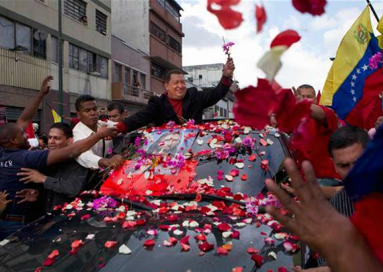 venezuelan president hugo chavez flies to cuba for urgent- India Tv