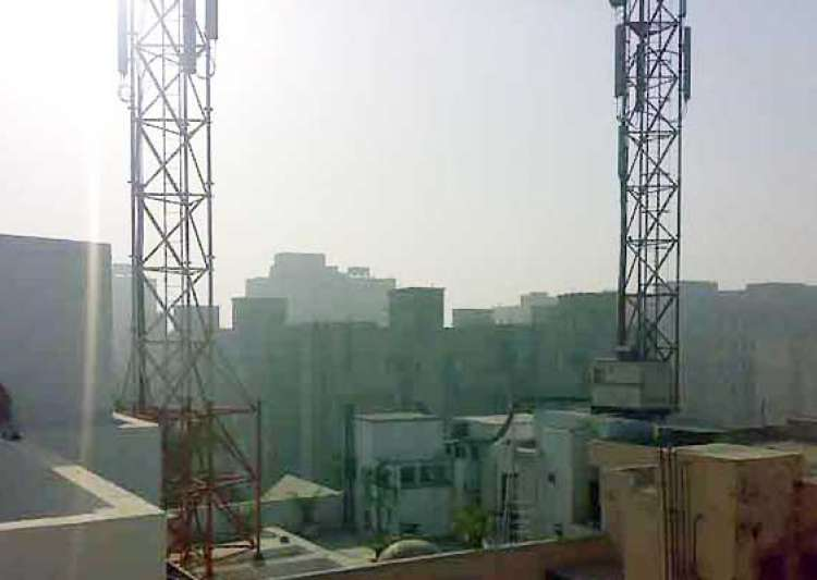 delhi man lost son to cancer due to cellphone towers- India Tv
