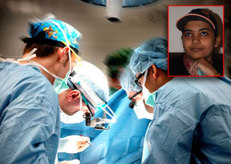 doctors perform rare surgery with patient remaining awake- India Tv