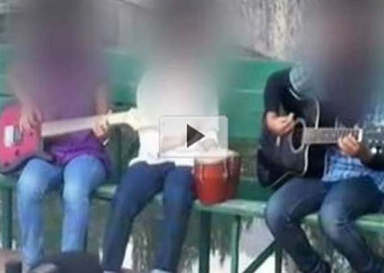 kashmir s only all girl band facing online threats abuses- India Tv
