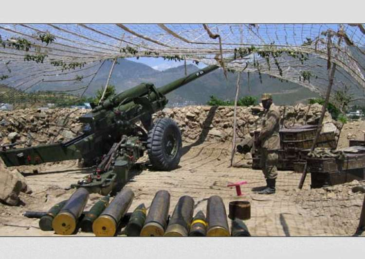 pak troops fire at indian positions in kashmir- India Tv