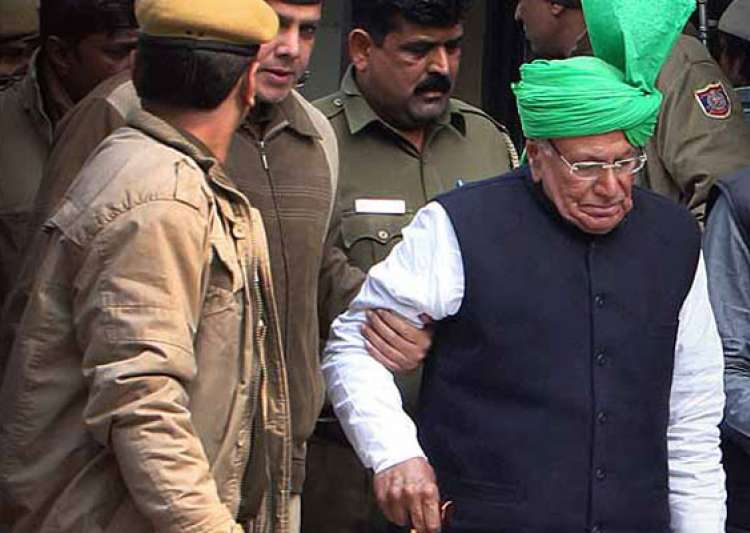chautalas get 10 yrs in jail in jbt scam violence outside- India Tv