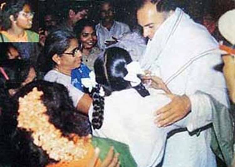 last moments of rajiv gandhi before he was assassinated- India Tv